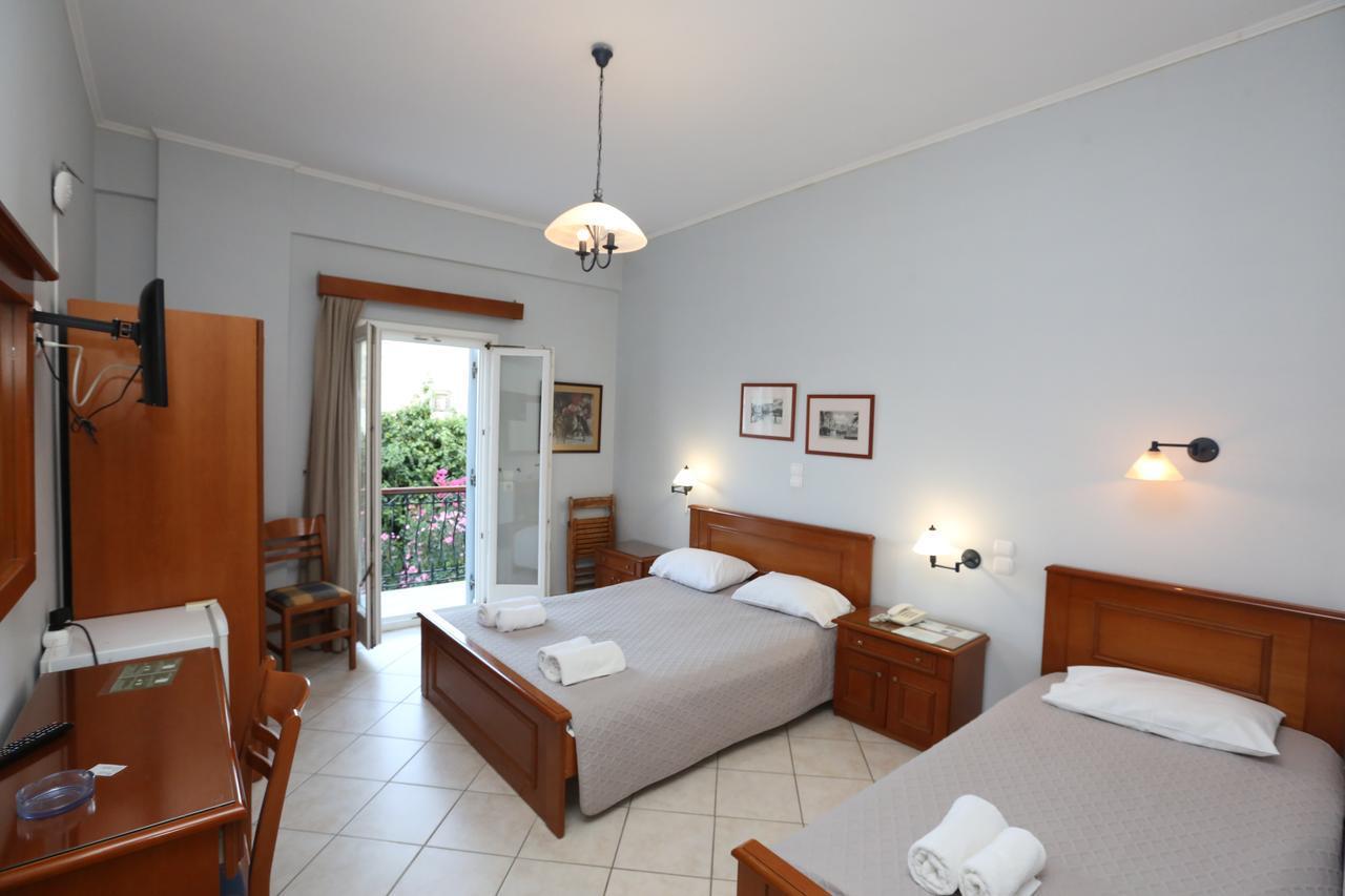 Gallery image of Aigli Hotel Syros
