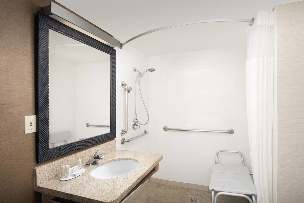 Gallery image of Fairfield Inn & Suites by Marriott Albuquerque Airport