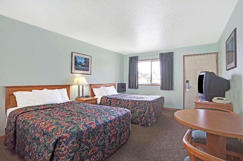 Gallery image of Travelodge by Wyndham Seattle North of Downtown