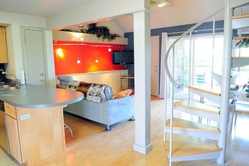 Barton Hills Condominiums