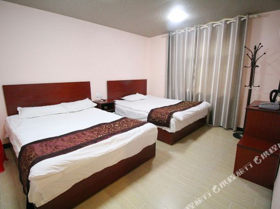 Gallery image of Jiuling Hotel