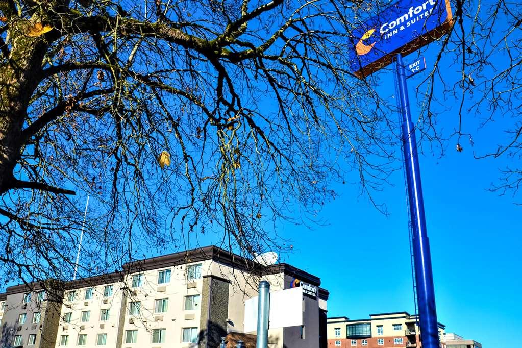 Comfort Inn & Suites Downtown Vancouver