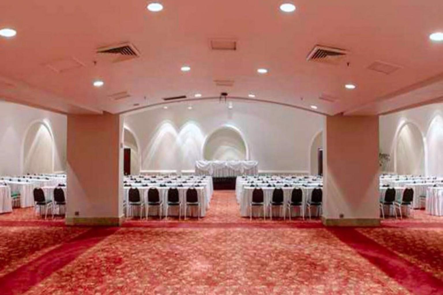 Gallery image of Hotel Vels Grand Inn