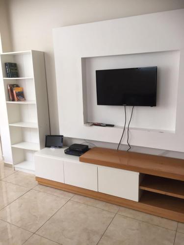 Ben Yehuda Gordon beach apartment