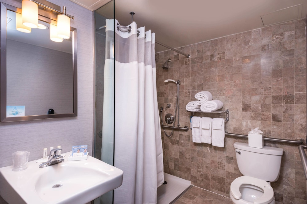 Gallery image of Fairfield Inn & Suites By Marriott New York Manhattan Times Square