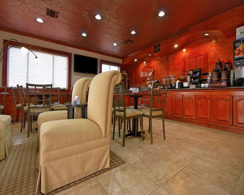 Gallery image of Americas Best Value Inn Kingsville