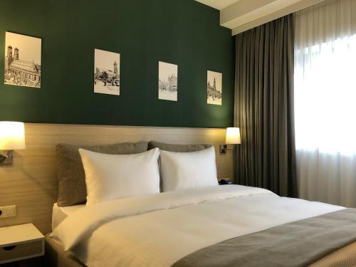 In City Hotel