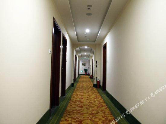 Gallery image of GreenTree Inn Wen'an Zuogezhuang Government Huangdaokou
