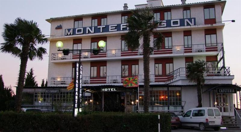Gallery image of Montearagon .