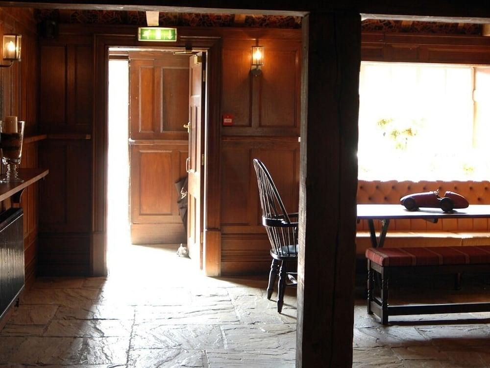 Gallery image of The White Horse Inn