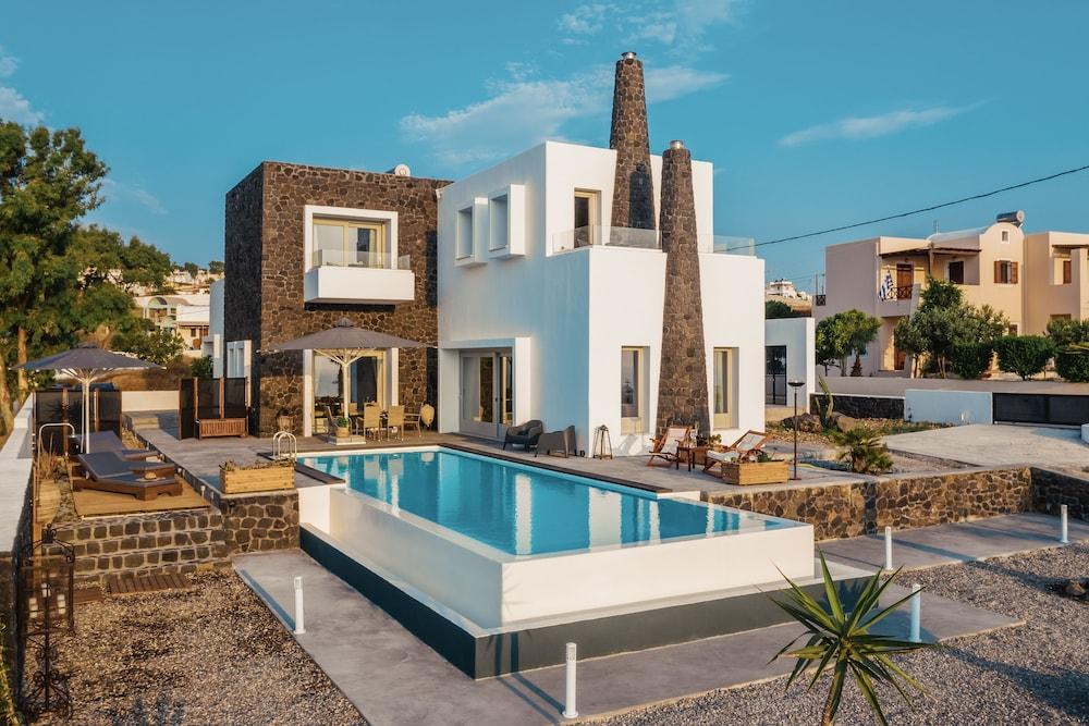 Kaminos Luxury Villa