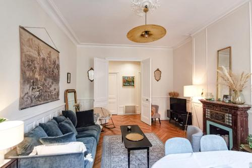 Spacious apartment on the banks of the Rhone