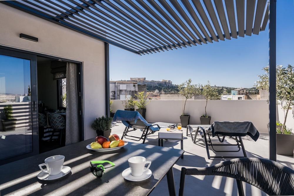 Urban Nest Suites & Apartments