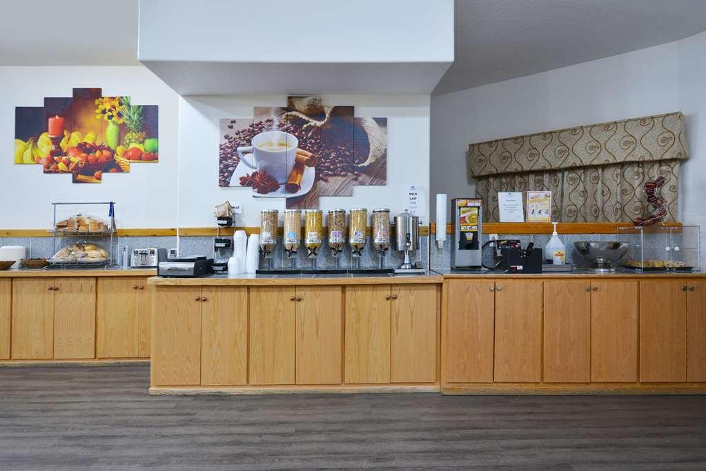 Gallery image of Canadas Best Value Inn Valemount