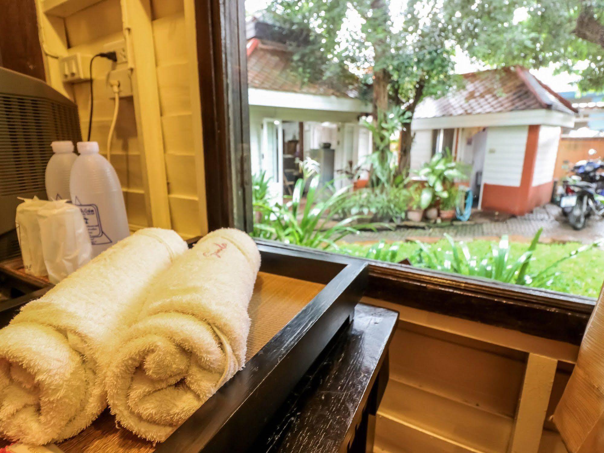 Nida Rooms Chiang Mai Suriwong Robinson