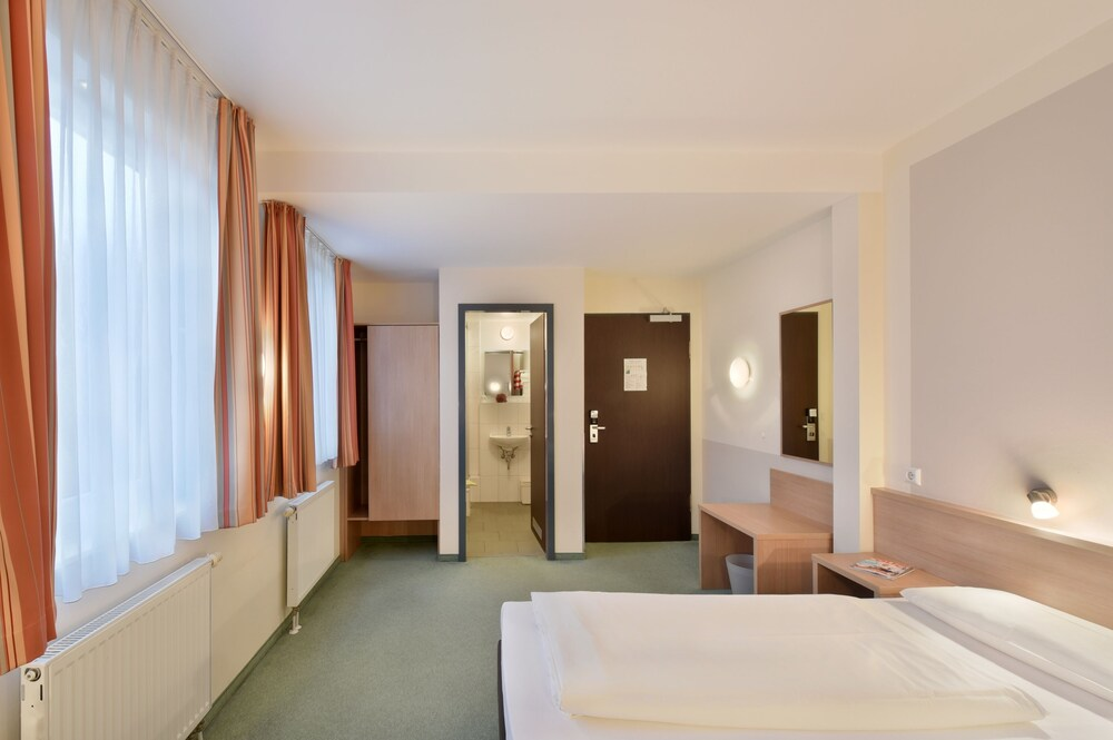 Gallery image of meinHotel