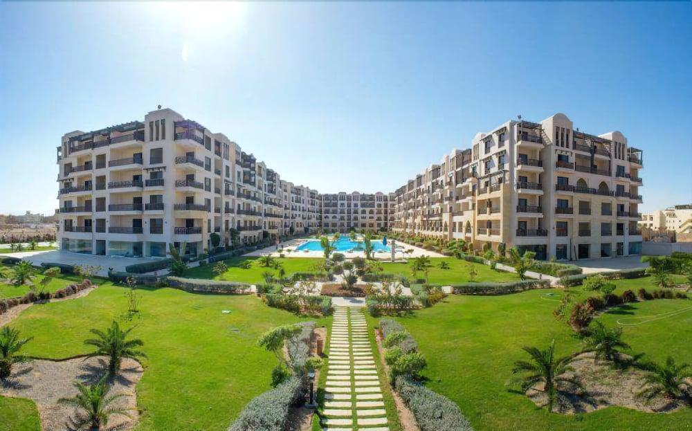 Samra Bay Resort Apartment