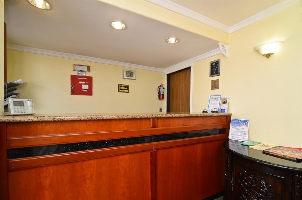 Gallery image of Americas Best Value Inn Sacramento Old Town