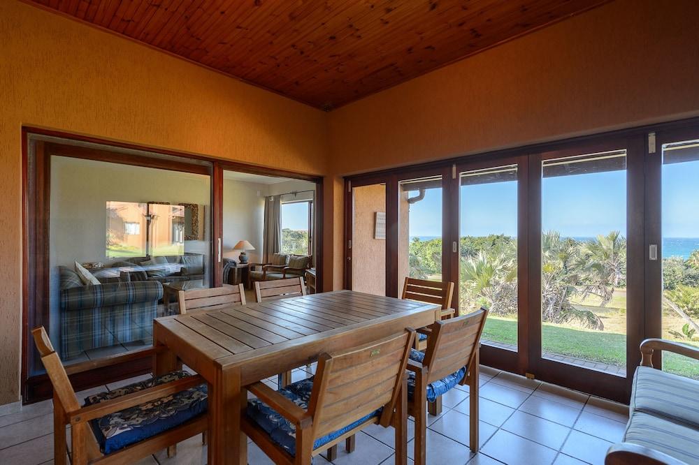 San Lameer Villa Rentals 3704