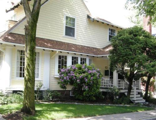 Charming Apartment In Boston's Best Neighborhood 1 Bedroom Apts