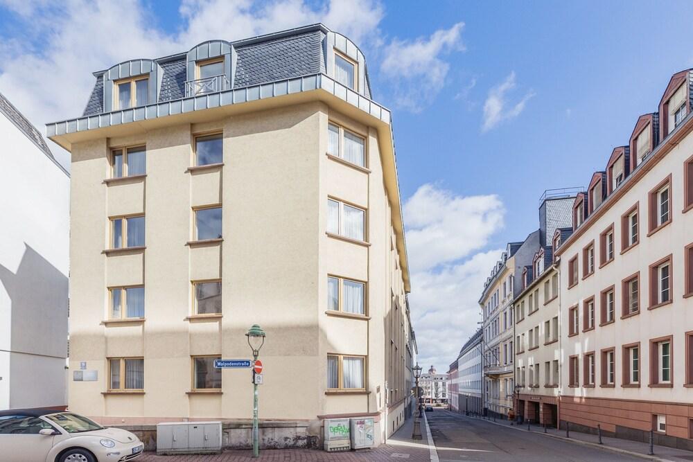 EJ9 Mainz Downtown