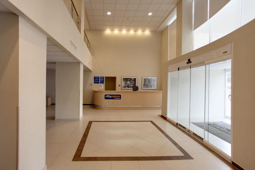 Gallery image of City Express Coatzacoalcos