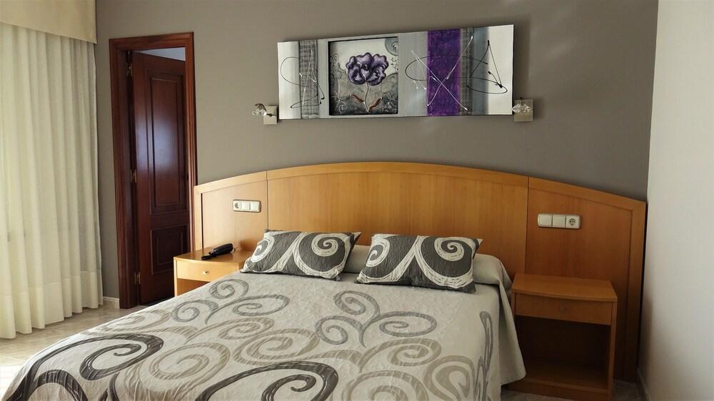 Gallery image of Hotel Miramar 2 Superior