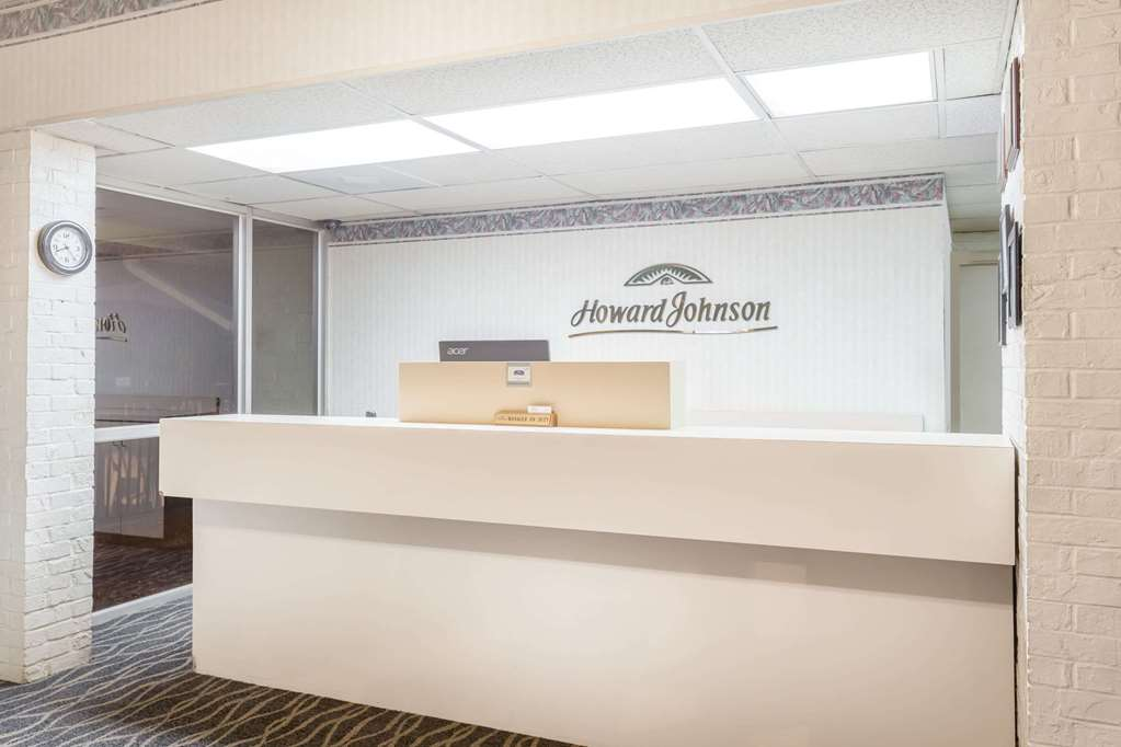 Gallery image of Howard Johnson by Wyndham Commerce GA