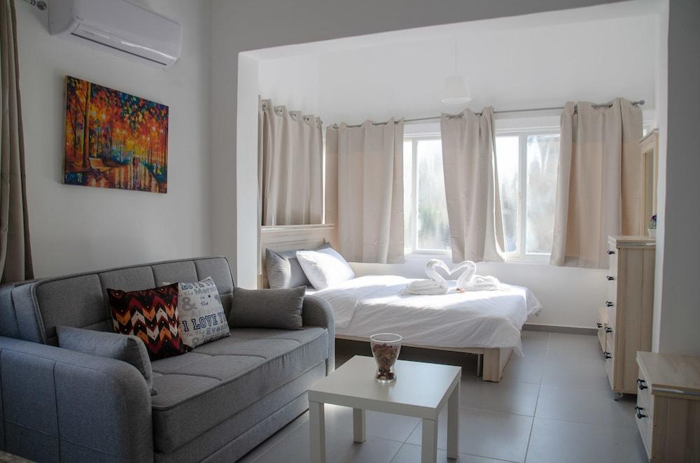 Hostel Bu93
