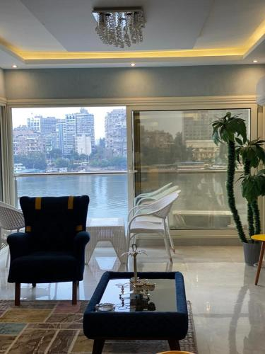 Three bedroom Luxury Apartment in Manyal withNile view