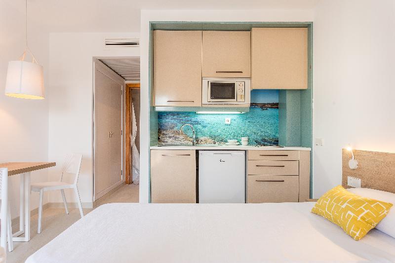 Gallery image of Apartamentos Ferrer Tamarindos