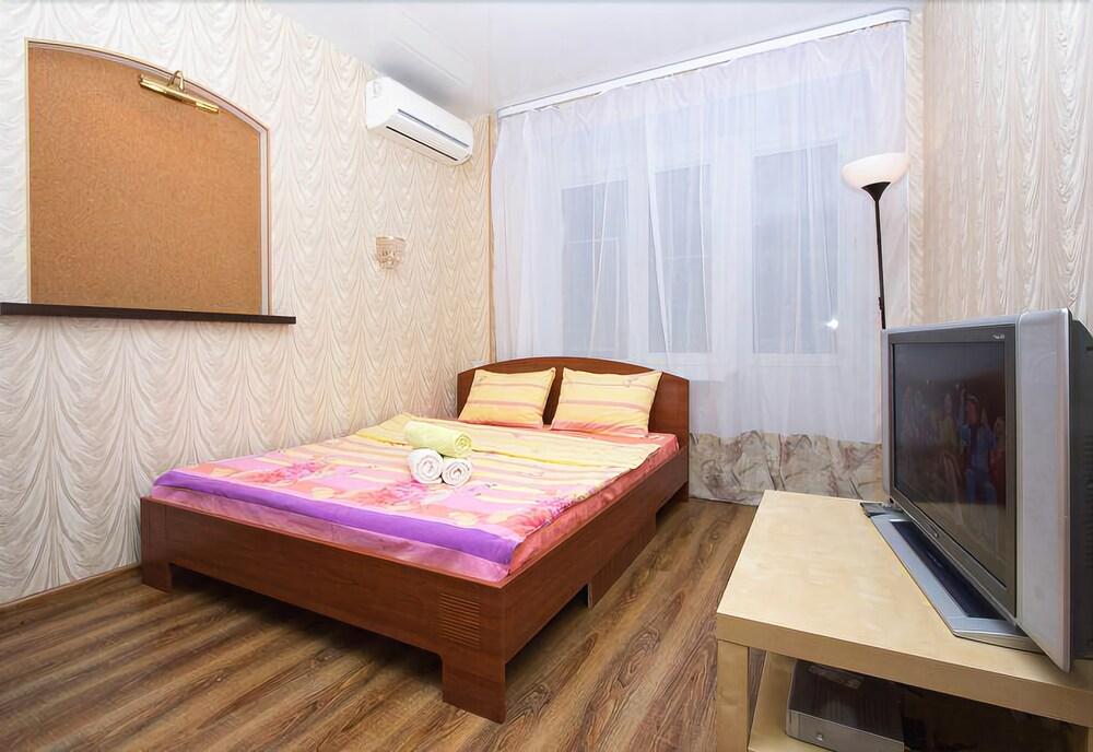 Apartlux Chayanova