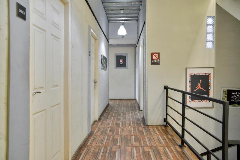 ZEN Rooms Basic near Kota Kasablanka