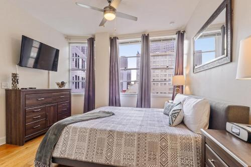 #1115 Highrise Condo Canal St French Qtr Sleeps 4