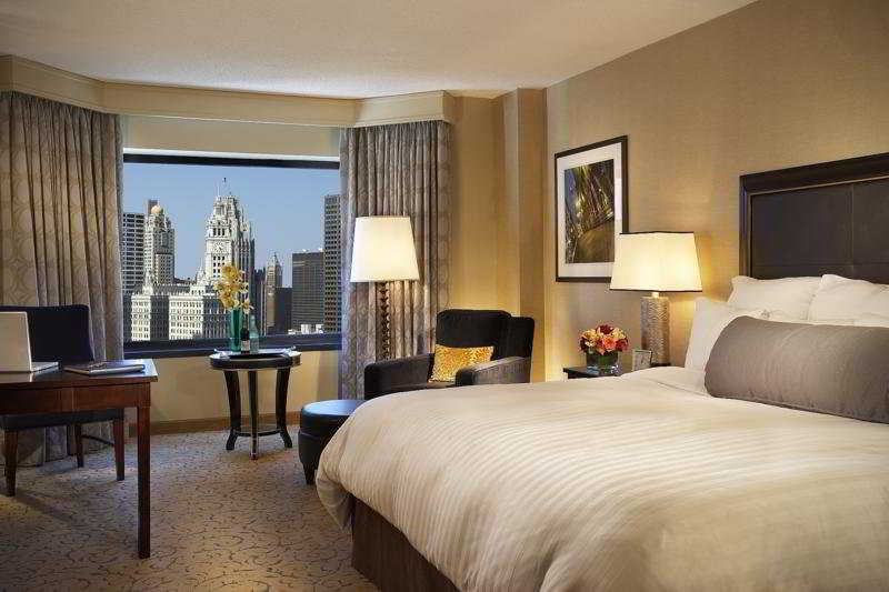 Renaissance Chicago Downtown Hotel on