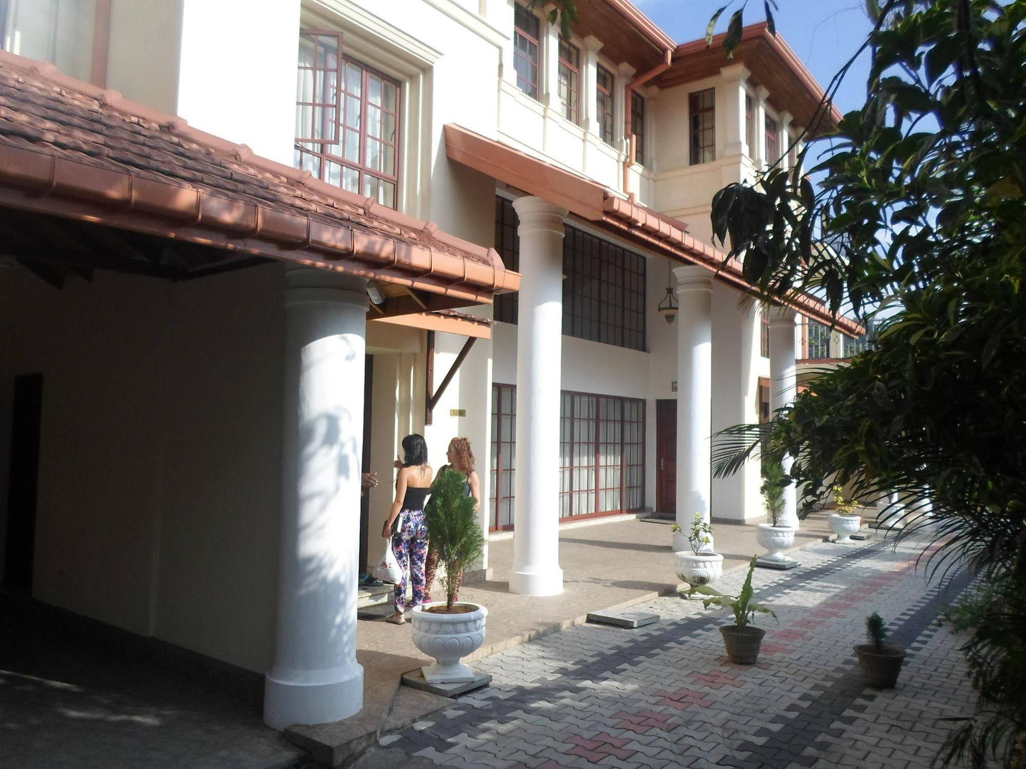 King Of Kandy Hotel