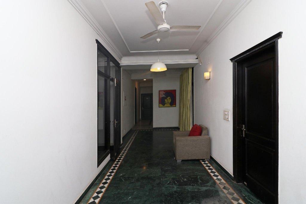 Oyo 62127 Ritz Rivera