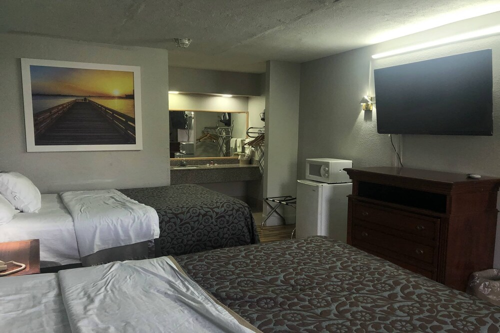 Gallery image of OYO Hotel Columbia Downtown near I 65