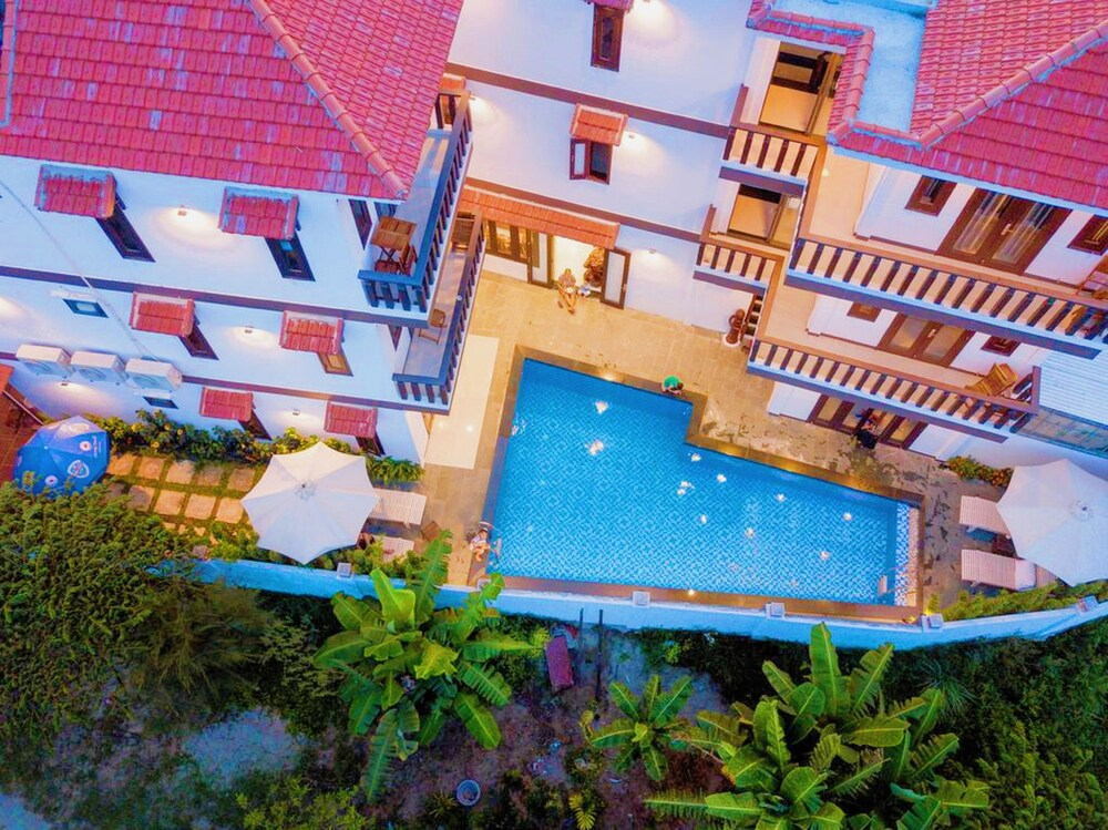 Cam Thanh Village Villas