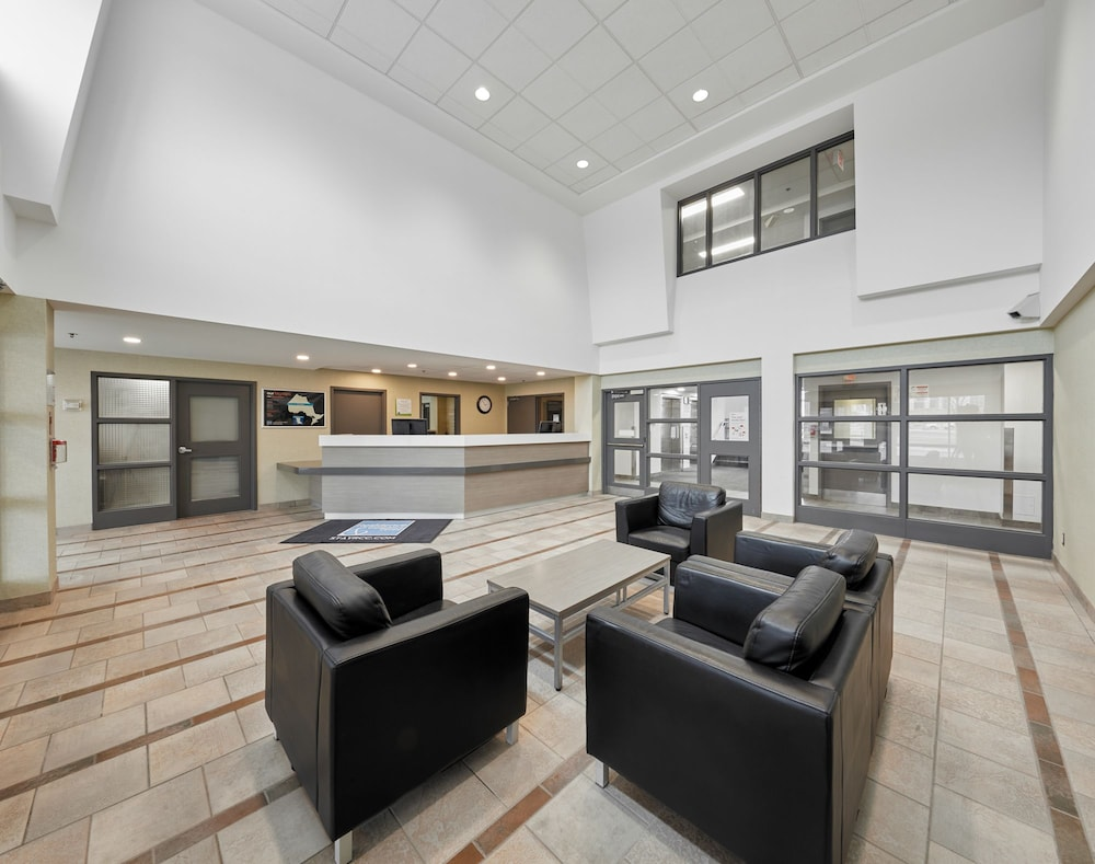 Gallery image of Residence & Conference Centre King City