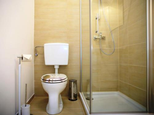 Flatprovider Comfort Eduard Apartment (فلاتپروویدر کامفورت ادوارد آپارتمان)