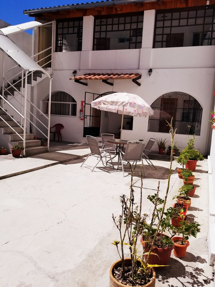 Gallery image of Heritage Inn