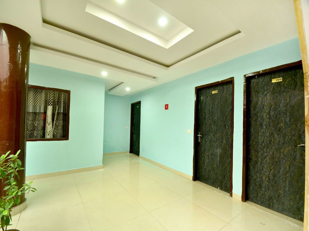 Gallery image of Oyo 8622 Hotel Grand Inn