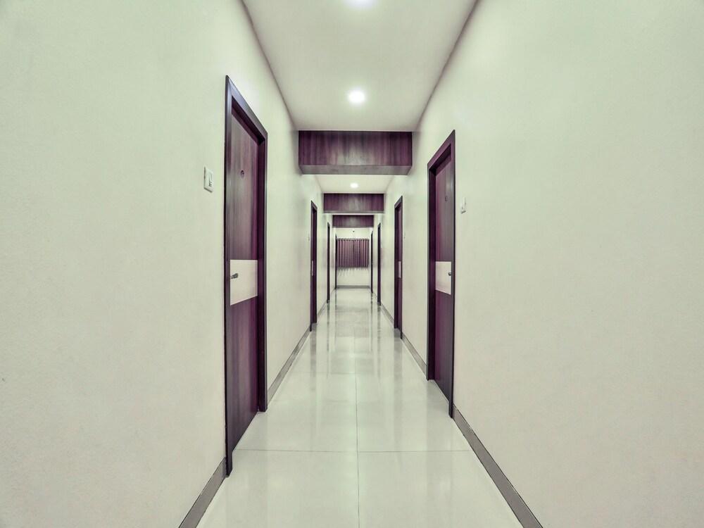 Gallery image of Oyo 31027 Manvaar