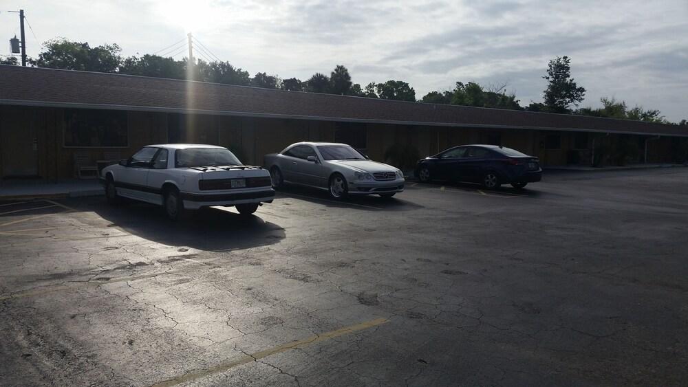 Gallery image of American Inn of Daytona