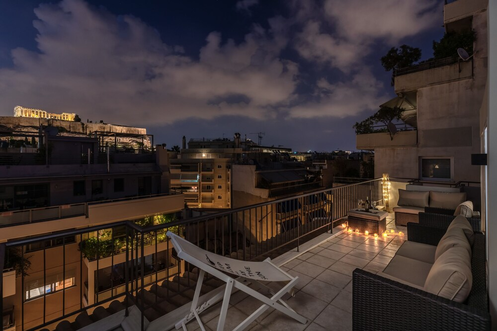 Acropolis Minimal Suite