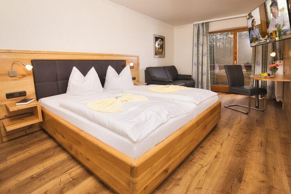 Gallery image of Hotel zum Hirschen in Lam