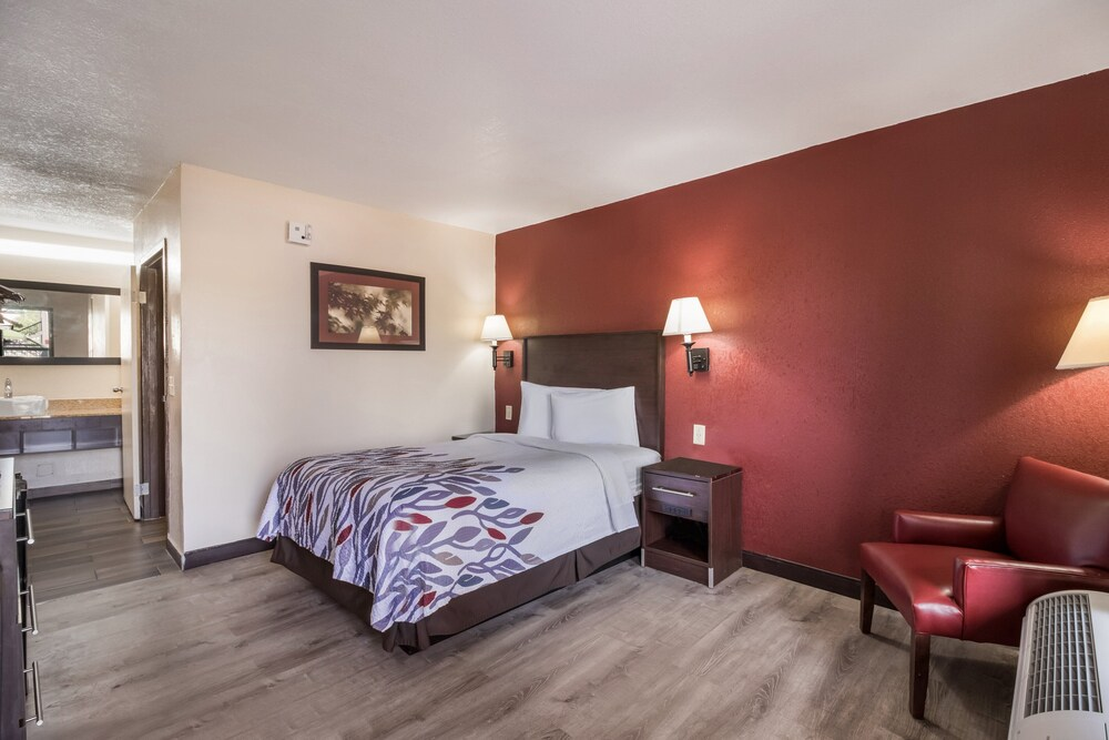 Gallery image of Red Roof Inn Wilmington NC