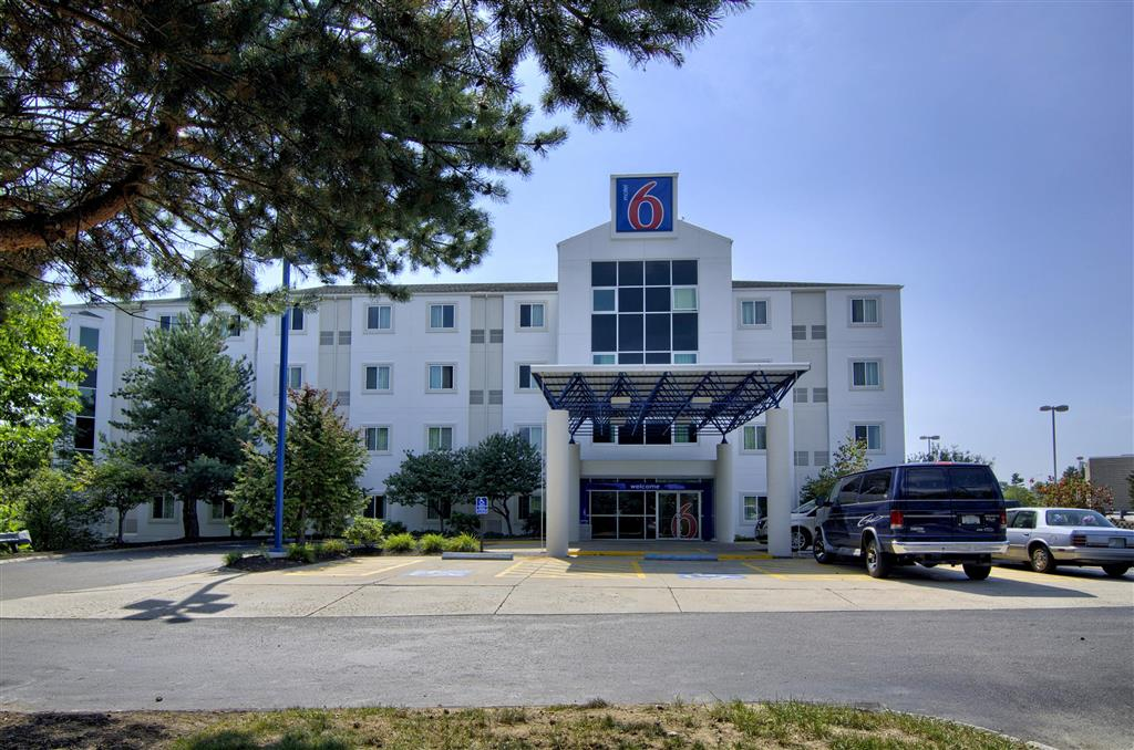 Gallery image of Motel 6 Portsmouth NH