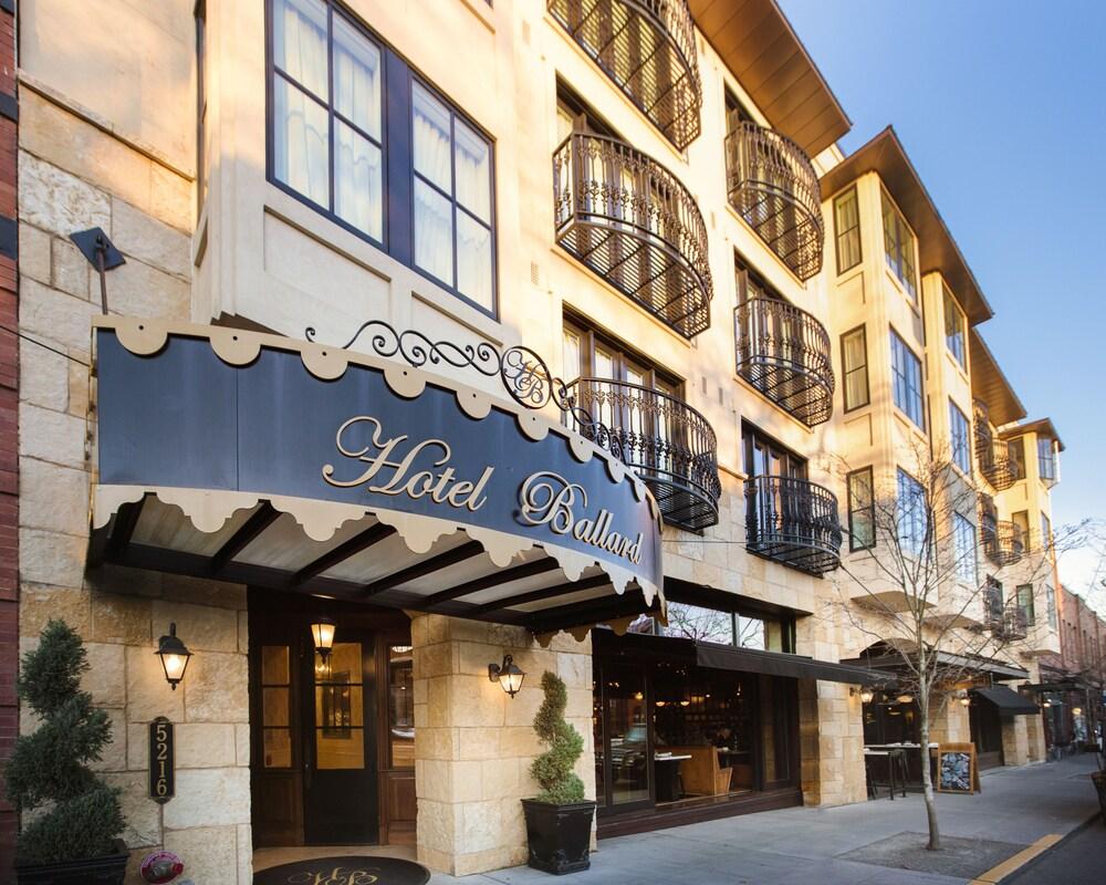 Hotel Ballard